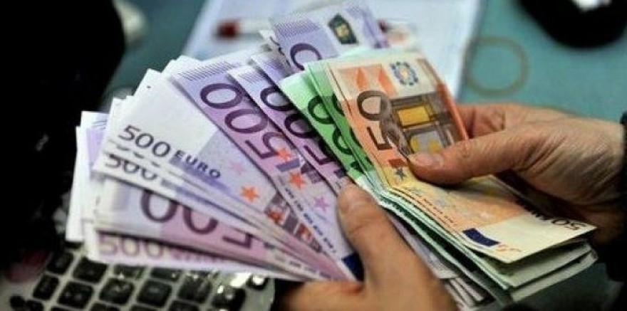 1 Euro 10.074 lira