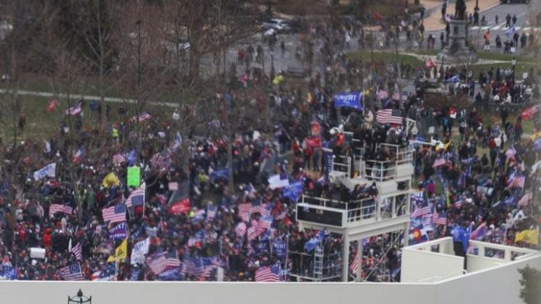 ABD'de Ortalık Karıştı: Göstericiler kongre binası işkal etti