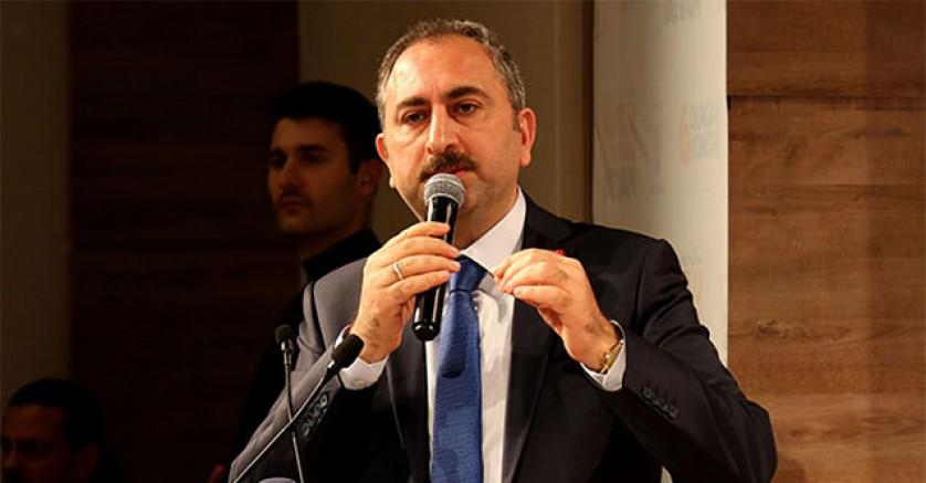 Adalet Bakanı Abdulhamit Gül: Klavye başına geçip tutuklama siparişi verenlere sesleniyorum