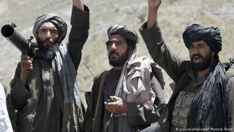 Afganistan'da Taliban, Herat'ın şehir merkezine doğru ilerliyor