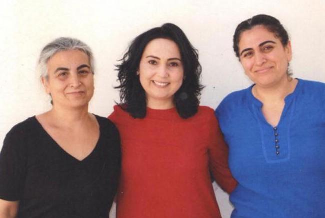 """Ağır sağlık sorunları yaşayan Aysel Tuğluk'a ATK """"Hayatını yalnız idame ettirebilir"""" raporu verdi"""