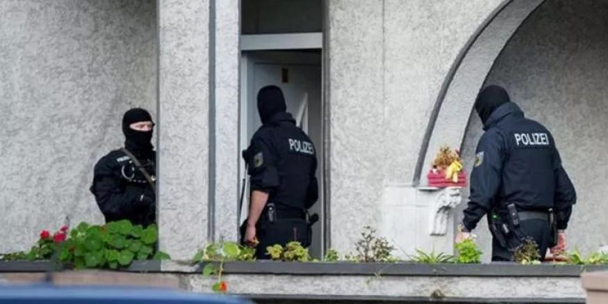 Alman polisinden EncroChat ve uyuşturucu çetesine operasyon