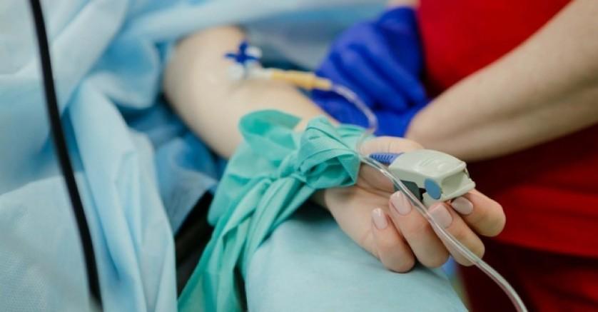 Almanya'da bir anestezi doktorunun narkozlu hastalara tecavüz ettiği tespit edildi