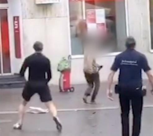 Almanya'nın Würzburg  şehrinde bıçaklı saldırı: Üç kişi öldü çok sayıda yaralılar var