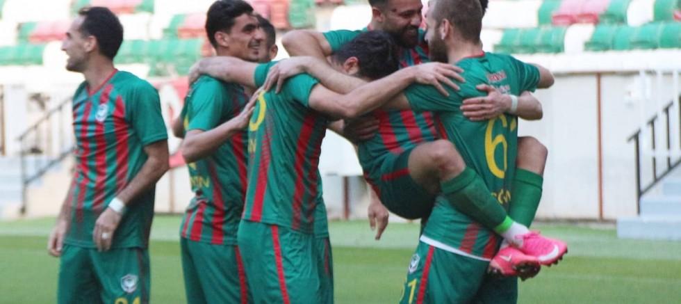 Amedspor  İnegölspor'u 3-1 mağlup etti