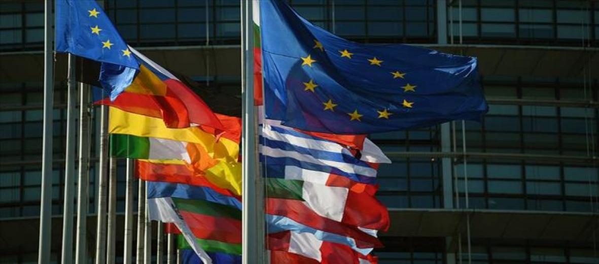 Avrupa Birliği (AB) üyesi 11 ülkede kapılar kademeli olarak açılacak