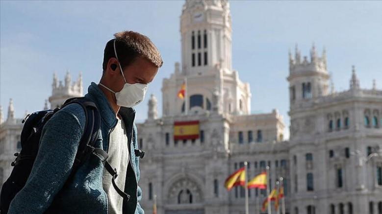 Avrupa'da korkutan rakamlar, İspanya'da son 24 saatte 1525 vaka tespit edildi