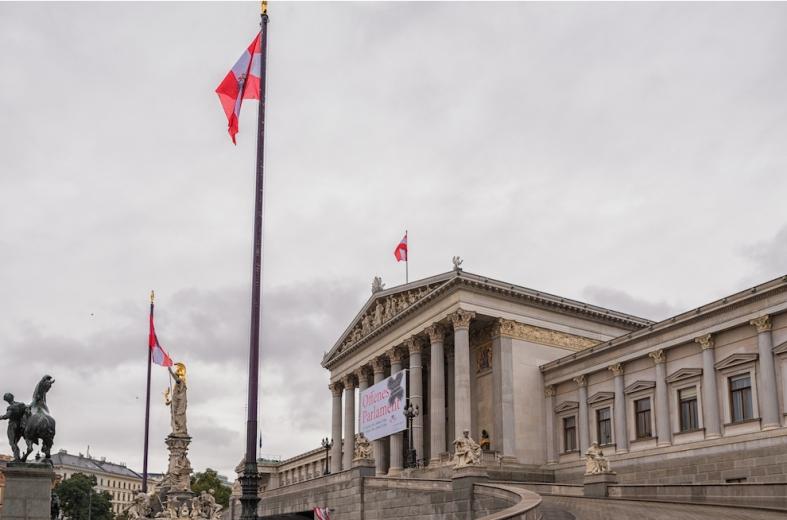 Avusturya'da Muhalefet: Parti Finanasmanları için yeni kontrol sistemi istiyor