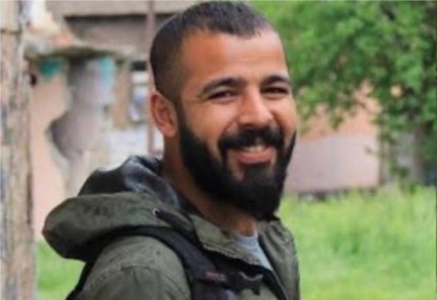 Bükreş Havalimanı'nda iltica talebine rağmen Romanya gazeteci Nuri Akman'ı Türkiye'ye iade etmek istiyor