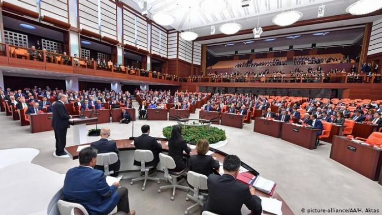 CHP ve HDP'li  20 Vekilin Daha Fezlekesi Meclise Gönderildi