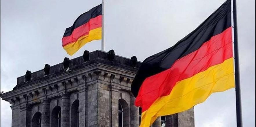 Delta varyantı Almanya'da yeni vaka sayısını yüzde 84 artırdı