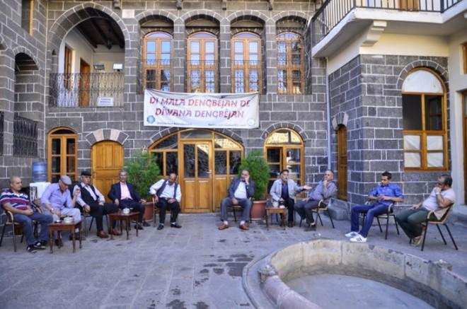 Diyarbakır'da Mart ayında kapatılan Dengbêj Evi yeniden açıldı