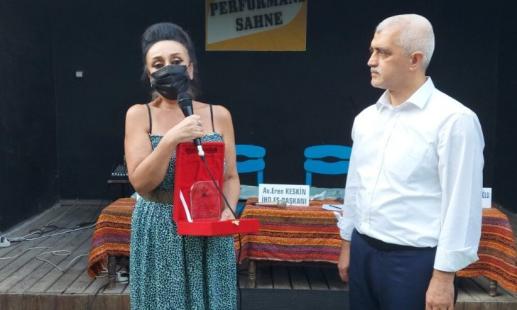 Dr. Gergerlioğlu'na İHD'den düşünce ve ifade özgürlüğü ödülü!