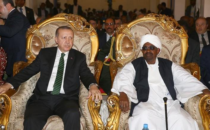 Erdoğan'ın Kardeşim Dediği Ömer El Beşir Lahey'e Teslim Edilecek