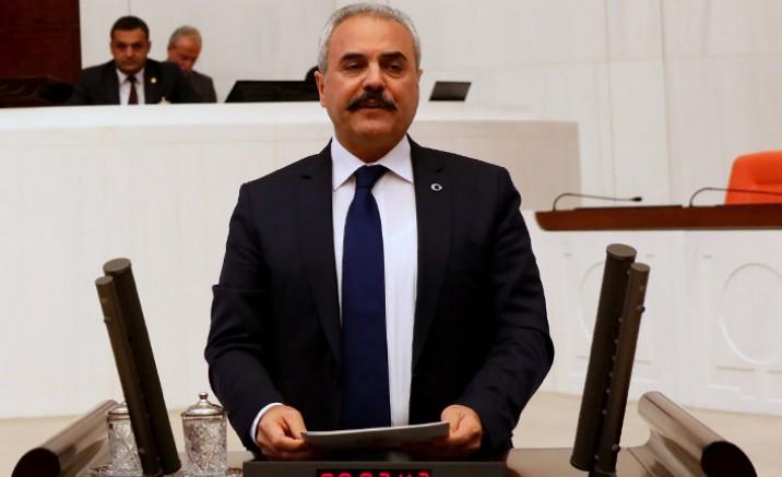Eski AKP'li vekil koronavirüse yenik düştü