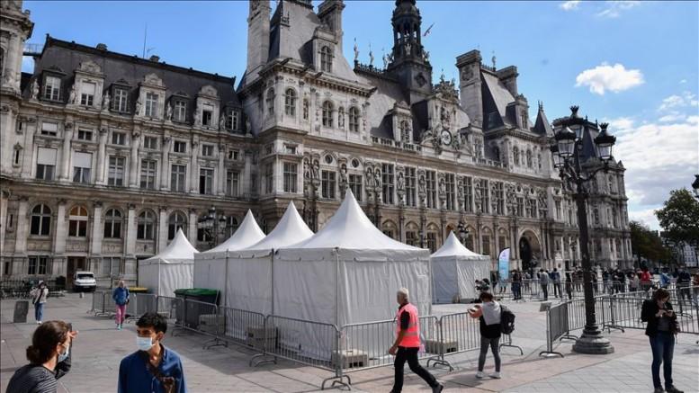 Fransa'da Günlük vaka sayısı 27 bin 934 kişi oldu