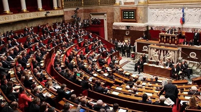 Fransa parlamentosunun alt kanadı Ulusal Meclis, terörle mücadele yasa tasarısını onaylandı