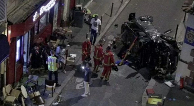 Fransa'nın başkenti Paris'te bir otomobil bara girdi: 1 ölü, 6 yaralı