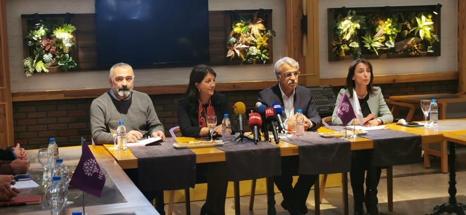 HDP Halklar ve İnançlar Komisyonu, Alevi örgütleriyle bir otelde bir araya geldi