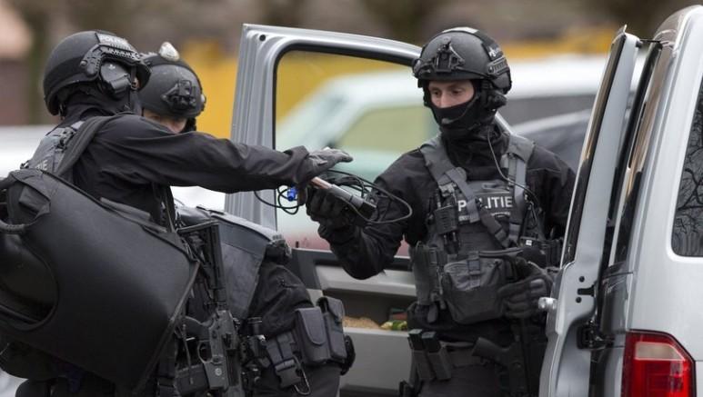 Hollanda polisi Kokain mafyasına ait 18 kişilik infaz listesi ele geçirildi