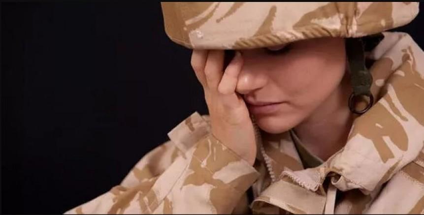 İngiliz ordusu 'kadın askerleri korumakta başarısız' Kadın askerlerin üçte ikisi cinsel istismara maruz kaldı