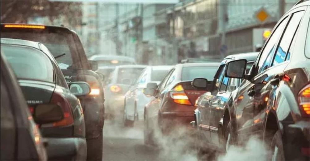 İngiltere 2030'dan itibaren benzinli ve dizel araçların satışını yasaklıyor