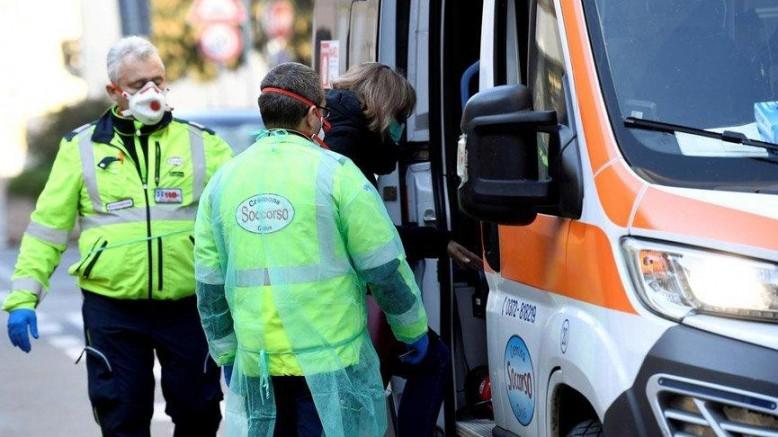 İngiltere'den İtalya'ya gelen bir yolcuda 'Mutasyona uğrayan virüs' e rastlandı