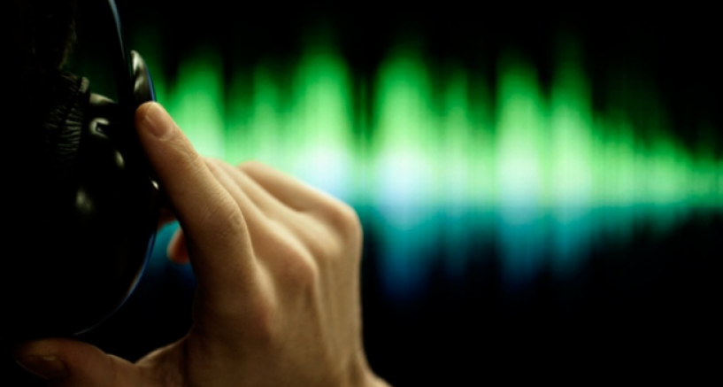 İtalya'da yasa dışı telefon dinlemeleri krize dönüştü