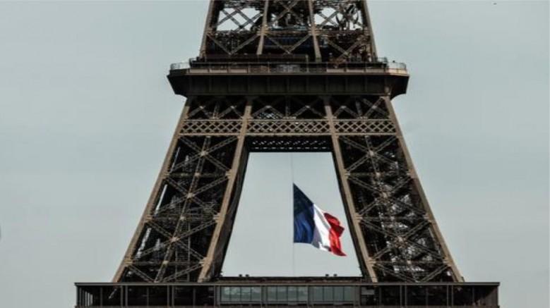 Kovid-19 nedeniyle Fransa'da ölenlerin sayısı 90 bini geçti
