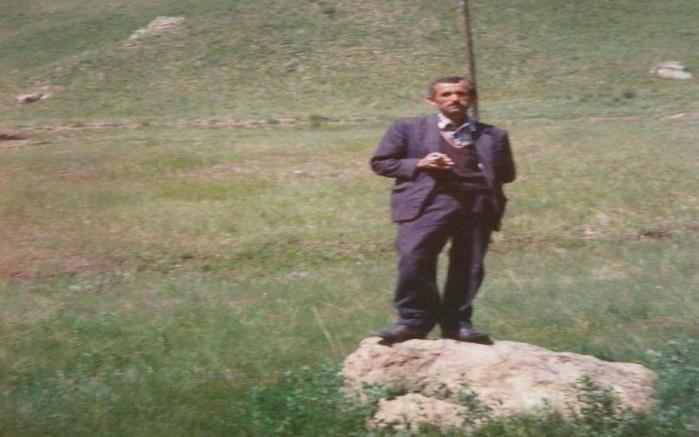 Künyesi fail-i meçhul olarak yazılan köyün Muhtarı Adnan Şeker