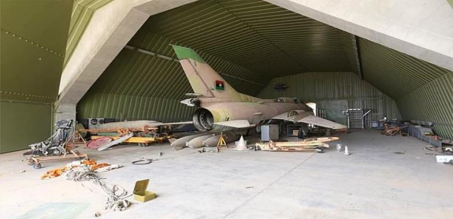 Libya'nın kuzeybatısındaki Vatiyye Askeri Hava Üssü kim vurdu?