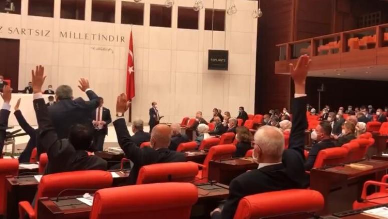 Memura 1.500 lira ikramiye teklifi, AKP ve MHP'nin oylarıyla reddedildi