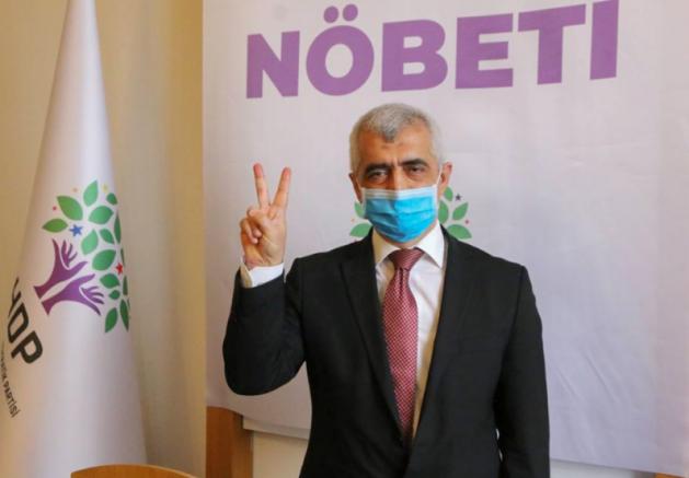 Ömer Faruk Gergerlioğlu Adalet Nöbeti'ni HDP Genel Merkezi'nde devam ediyor