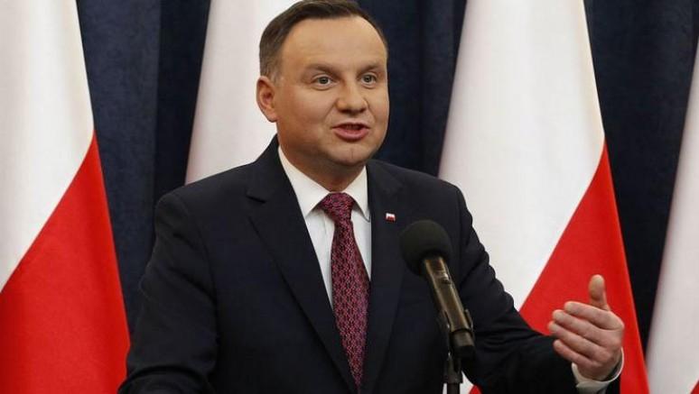 Polonya'da cumhurbaşkanlığı seçimini, yeniden Duda kazandı