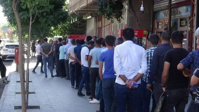 Türkiye'de İşsizlik maaşı başvurularında büyük artış