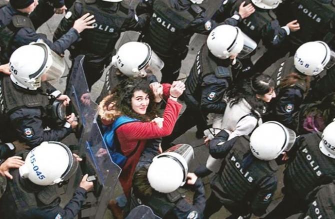 Türkiye'de: Temel özgürlükler ve hukukun üstünlüğü tehlikede