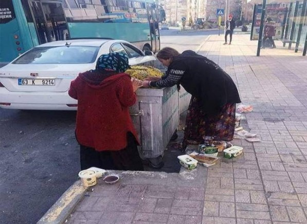 Yer Urfa: Çöplerin arasından bitmeyen yoksulluk!